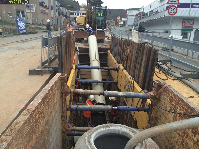 Kanalleitungsbau-06.JPG